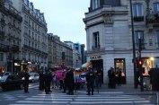 Devant l'Hotel de Ville de Paris